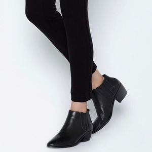 JOIE Barlow Black Leather Ankle Booties